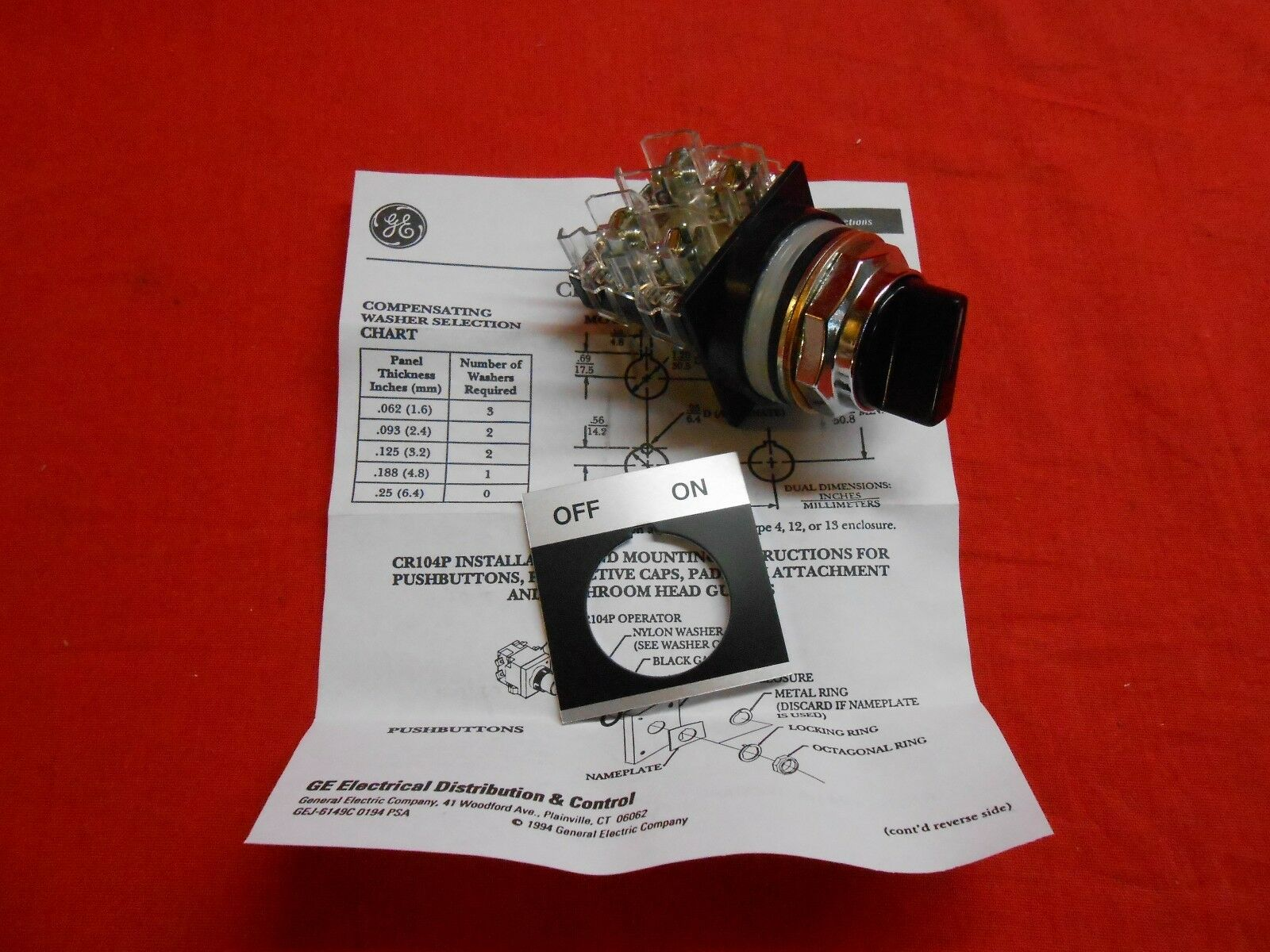 GE  CR104PSG21B91A  HEAVY DUTY SELECTOR SWITCH - NEW IN BOX