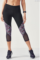 Fabletics Brogan Capri Gym Class Hero Black/ Wonder Weave Print MEDIUM RRP: £57