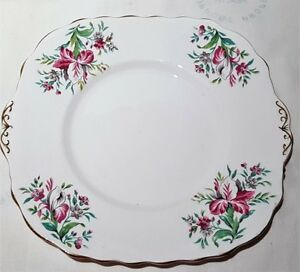 Vintage-Colclough-China-Pink-Iris-Pattern-Bone-China-Cake-Plate-c1939-45