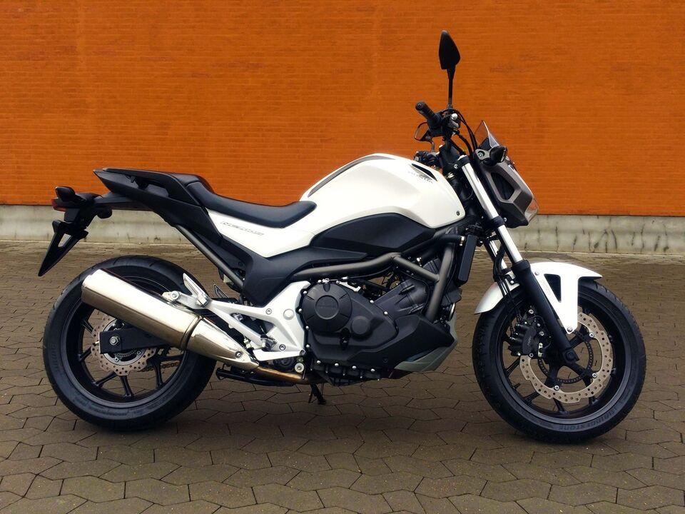 Honda, Honda NC 700 SA, ccm 700