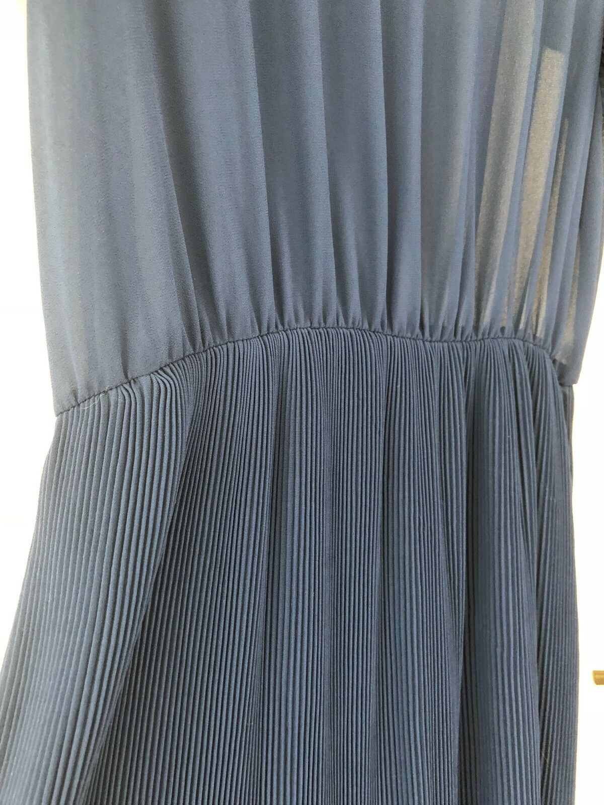 NWT Navy Pleated Westmoon Los Angeles Angeles Angeles Midi Dress Size Medium be6a5a