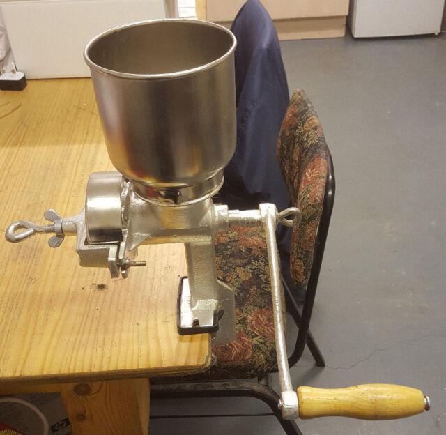 Cast iron grain mill/corn mill homebrew, beer making