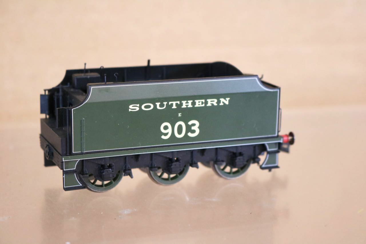 HORNBY R2742 SPARE TENDER for SOUTHERN 440 SCHOOLS LOCO 903 CHARTERHOUSE nq