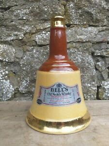 Collectable-Vintage-Wade-Bell-039-s-Scotch-Whisky-Decanter-26-2-3-fl-oz
