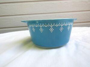 Vintage Pyrex Glass 473 Snowflake Blue Garland 473 Casserole Dish 1-Quart