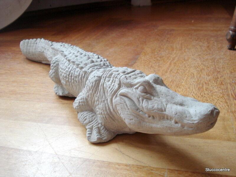 Stucco jardín personaje cocodrilo de hormigón 64 cm Alligator 150-1200b
