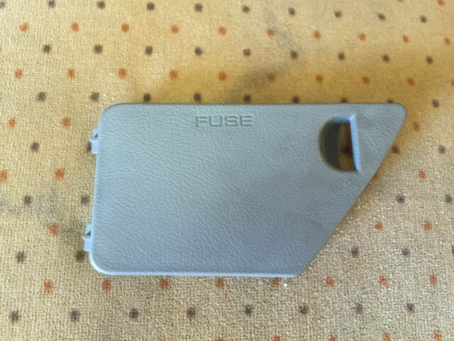 1997 Honda Passport Gray Fuse Access Panel