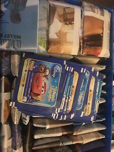 lot-50-pochettes-Panini-Carrefour-Disney-Un-Monde-Magique-200-images-NEUVES