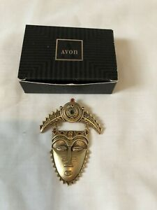 Vintage-AVON-African-Mask-Pin-Brooch-Face-Tribal-Gold-Tone-Rhinestones-in-Box