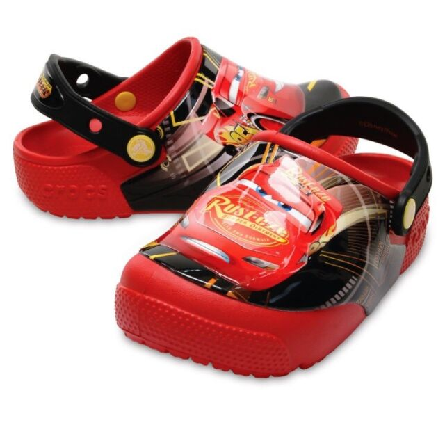 7d626e082 Disney Cars 3 Light-Up Crocs Lightning McQueen Cars Red Black Clogs Kids  Size 2