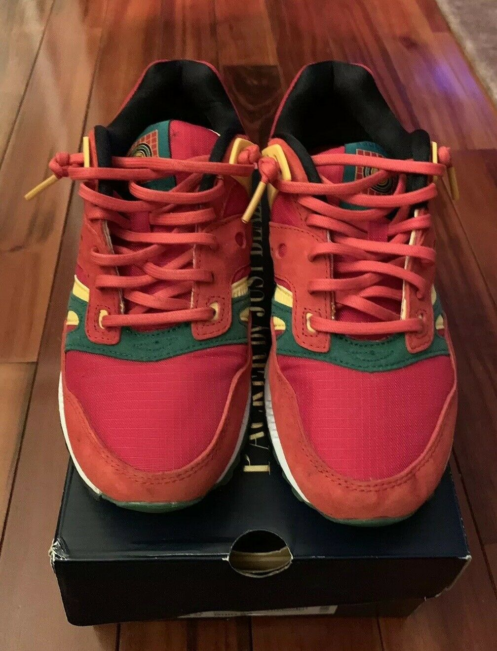 2015 Saucony Grid SD X Packer Chaussures x Just Blaze Rouge Jaune Casino Taille 6.5