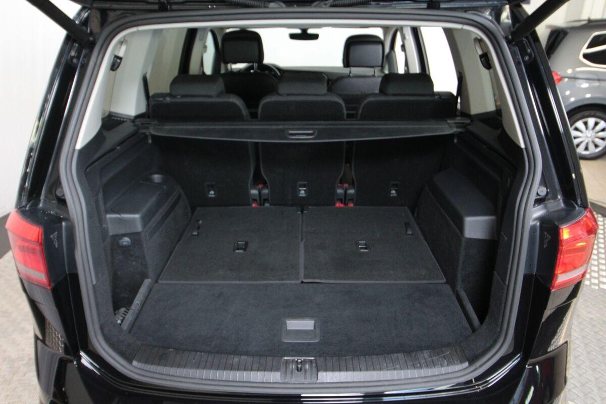 VW Touran 1,6 TDi 115 Highline 7prs