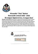 ALEC BETTON NEWCASTLE UTD 1930-1933 VERY RARE ORIGINAL HAND SIGNED CUTTING/CARD