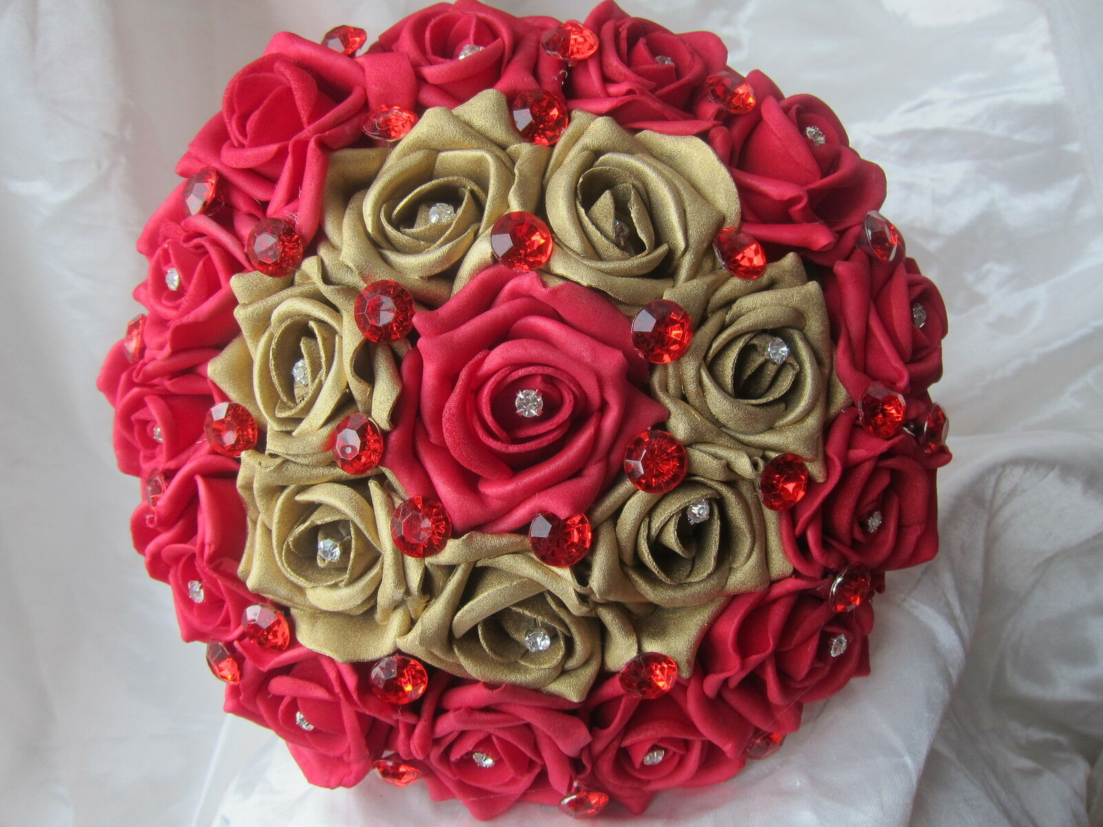 Brides Rosa Handtied Posy Posie Bouquet Indian Asian Wedding Wedding Wedding Bright rot & Gold 6f97d1