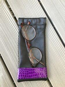 Etui-a-lunettes-en-cuir-noir-incrustations-croco-violet