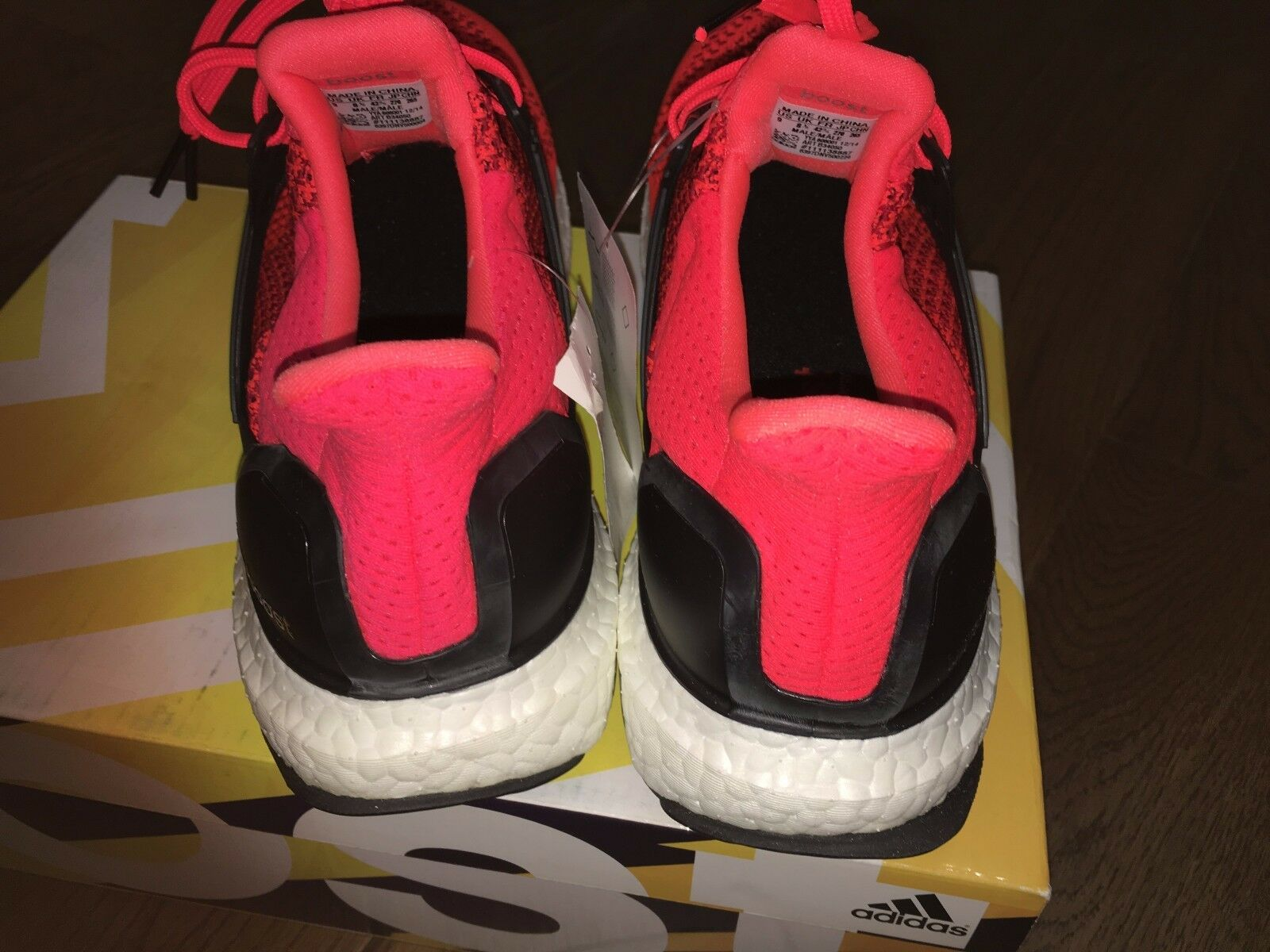 Adidas Ultra Boost Solar Red Black OG Sz:9 Black Red White B34050 Kanye Very Rare e50422