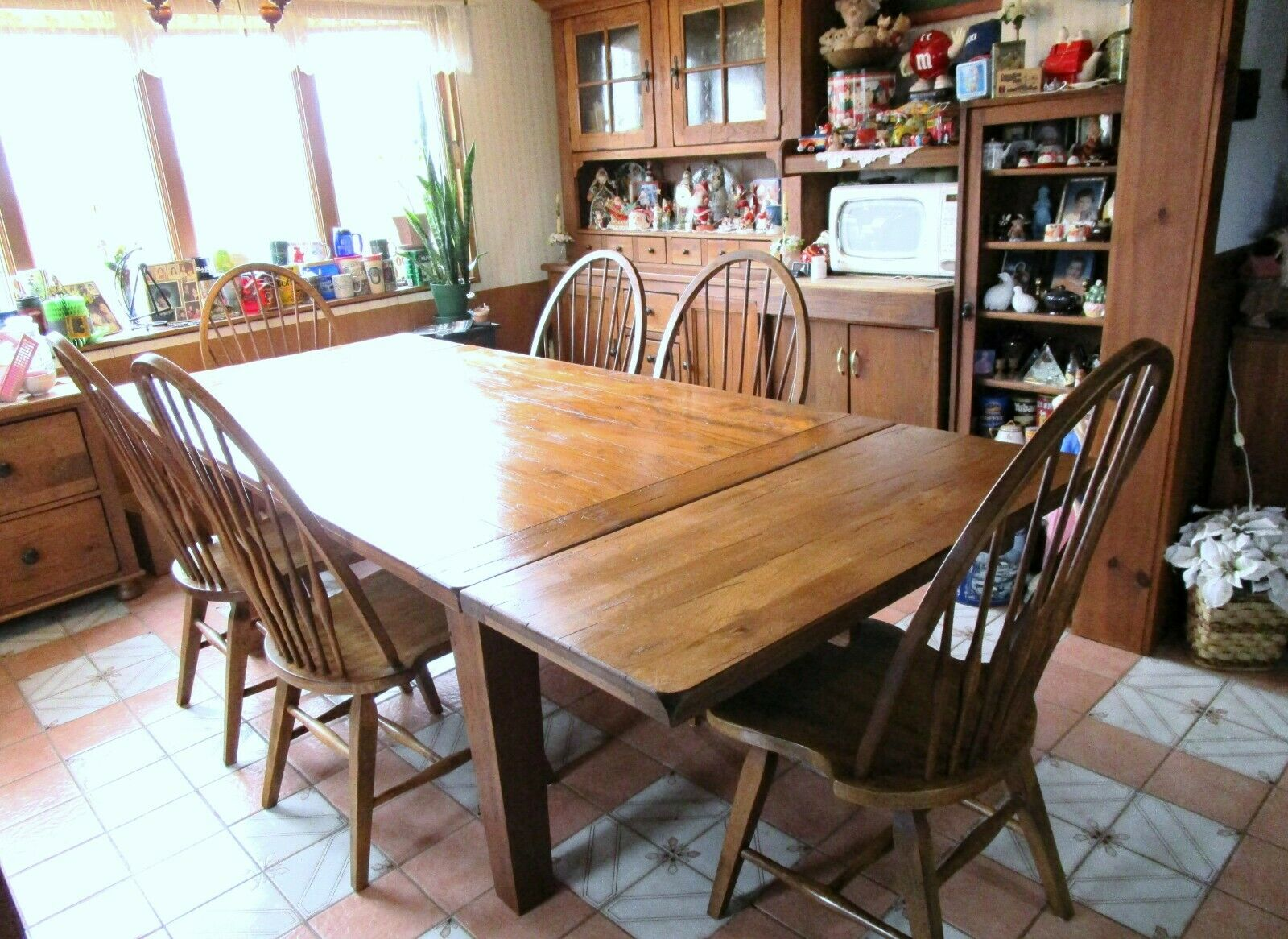 Picture of: Broyhill Attic Heirloom Dining Table 2 Extensions 6 Chairs Solid Wood Used Ebay