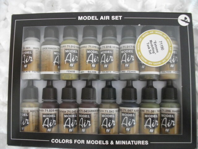 VAL71190 Model Air Set - Extreme Modelling Tank set (x16) airbrush paint