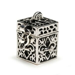 Fleur-De-Lis-Antiqued-Silver-Wish-Prayer-Box-Locket-Charm-or-Pendant