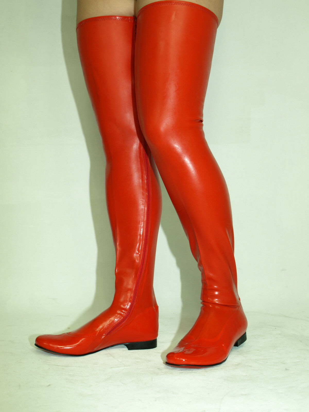 BLACK OR RED LATEX RUBBER BOOTS SIZE 6-16 HEEL -0'-- POLAND FS1182