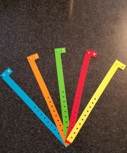 """PLASTIC ARM BANDS WRISTBANDS FOR EVENTS 100 3//4/"""" ASSORTED PLASTIC WRISTBANDS"""
