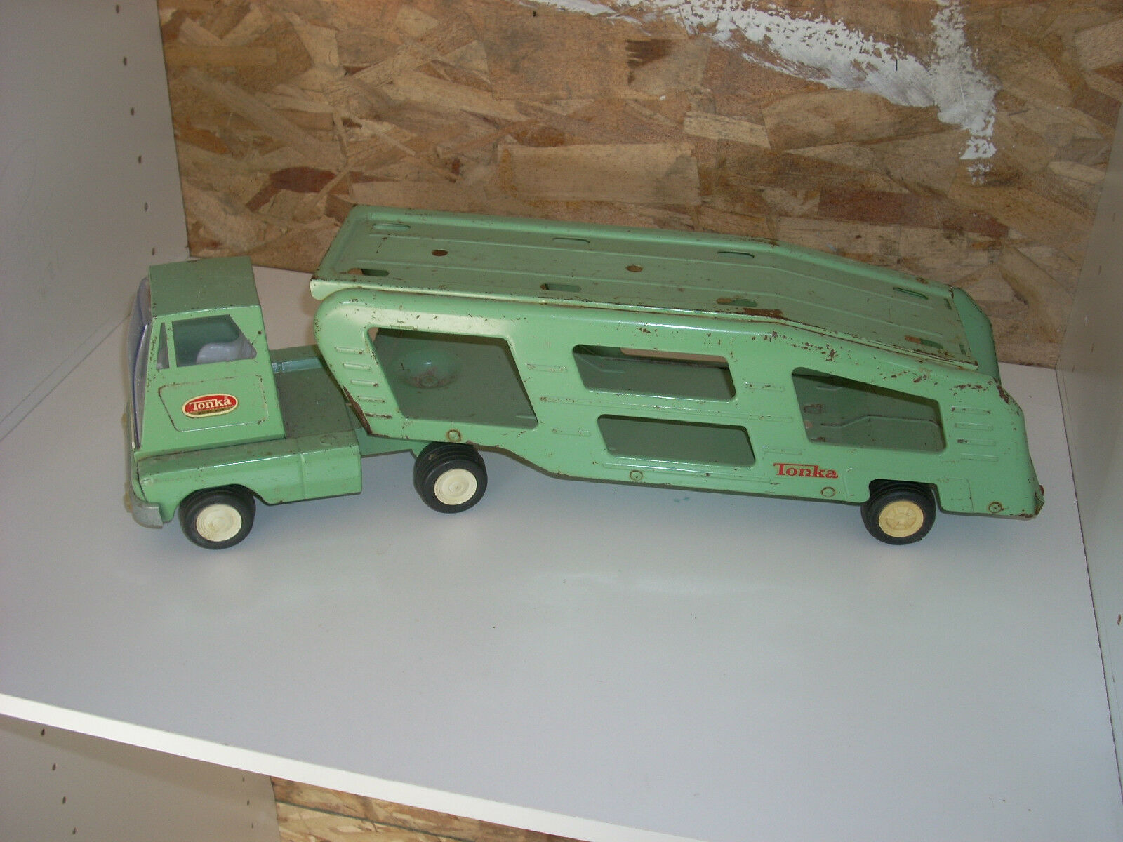 Tonka Car Transporter Light verde Tonka over wavey line faceted lights Good  EBC