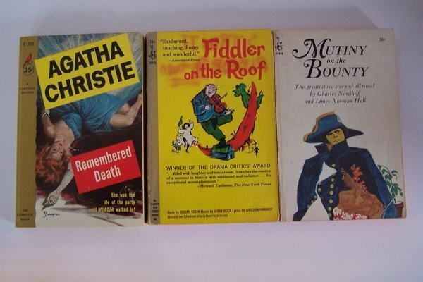 Pocketbooks 3 Paperback Book Collection Fiddler, Mutiny