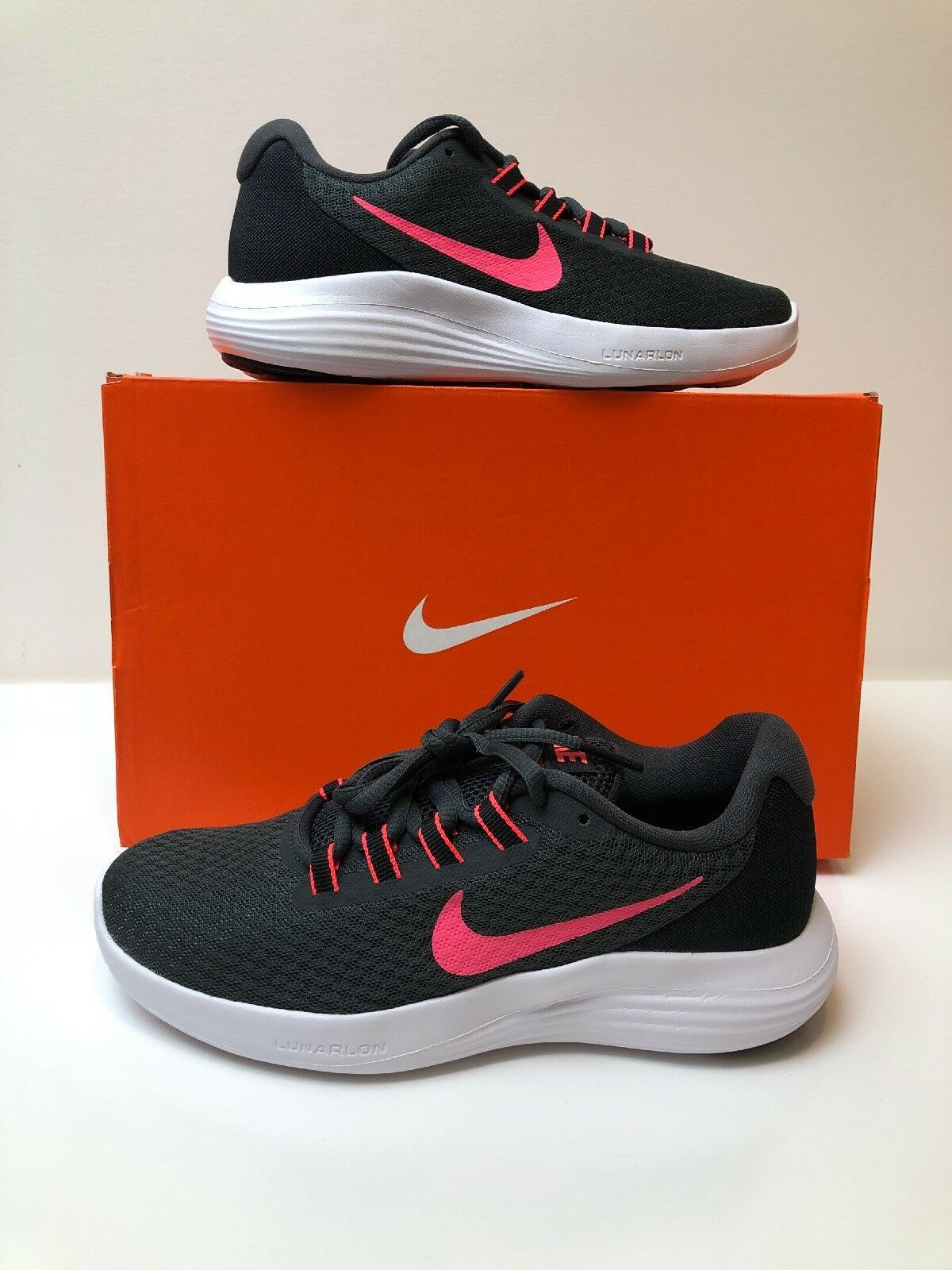 Womens Nike Lunarconverge 852469-002 Anthracite Hot Pinch Brand Brand Brand New. Size 8 cccd2d