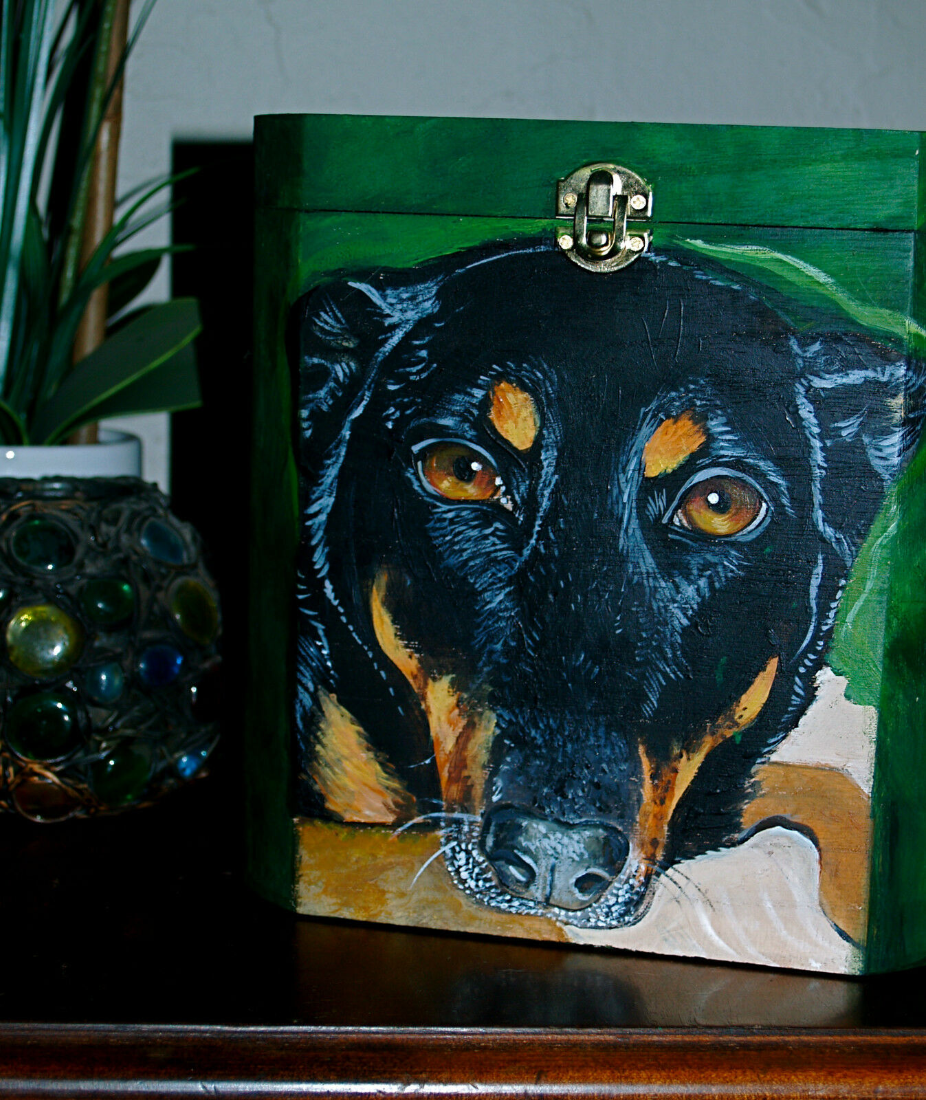 Ritratto Personalizzato Dipinto a Mano Memorial Grande Scatola Di Legno Per Animali Urna pastore dobermann Mix