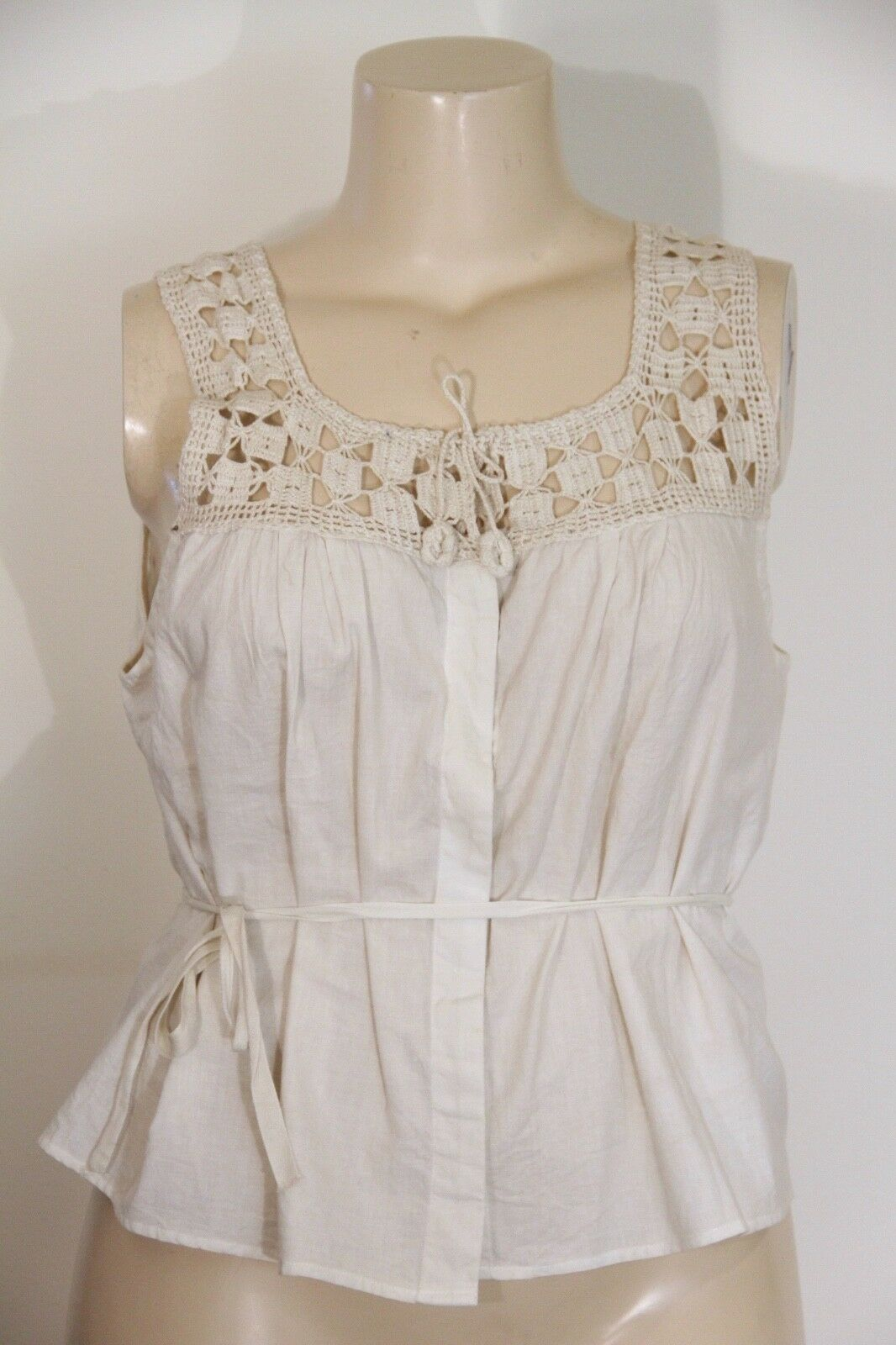 NEW - MAGNOLIA PEARL - CROCHETED YOKE COTTON BUTTON-DOWN TOP WITH WAIST TIE