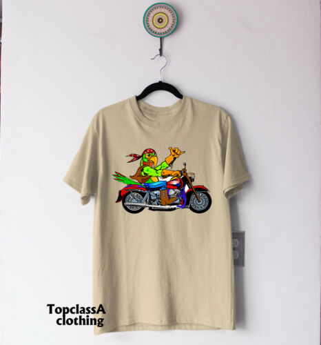 Cool Parrot Character Country Biker Motorcyclist Bike Motorcycle Rider T-shirt