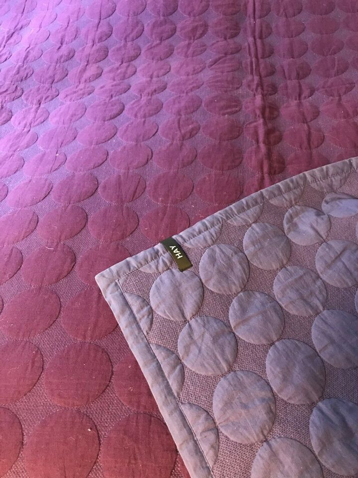 Sengetæppe, HAY Mega Dot sengetæppe