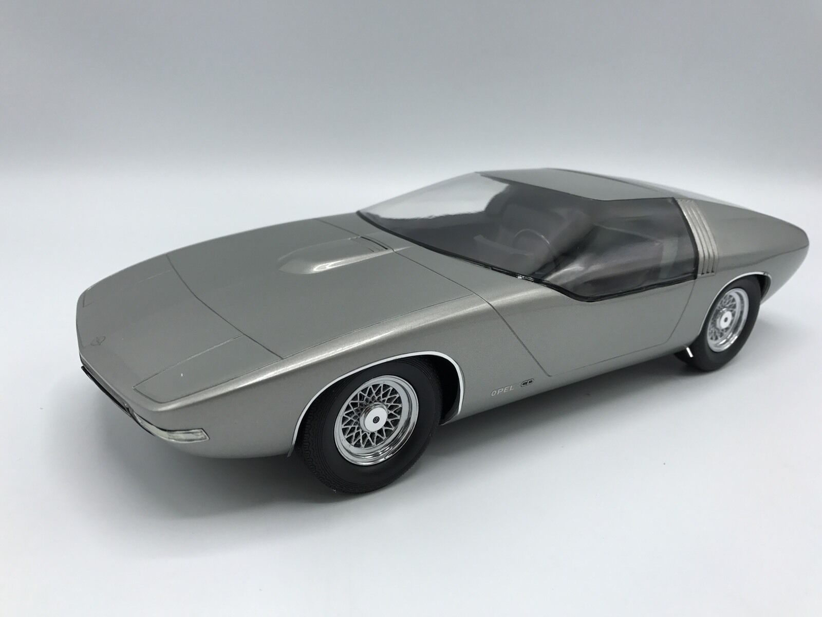 Opel CD Concept 1969 argent 1 18 BoS