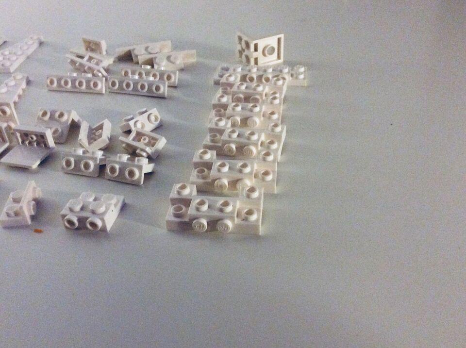 Lego blandet, Hvide elementer, hjørner,gitre