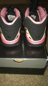 hot sale online 05d5f b32f3 Details about GIRLS Air Jordan 8 retro low gs pink and black size 4.5 in box