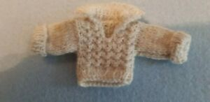 Small-Knitted-Sweater-For-Approx-4-5-16-4-11-16in-Bear-Or-Doll-Handarbeit