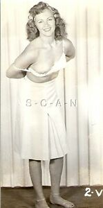 Org Vintage 1940s-50s Sepia Semi Nude RP- Brunette Takes