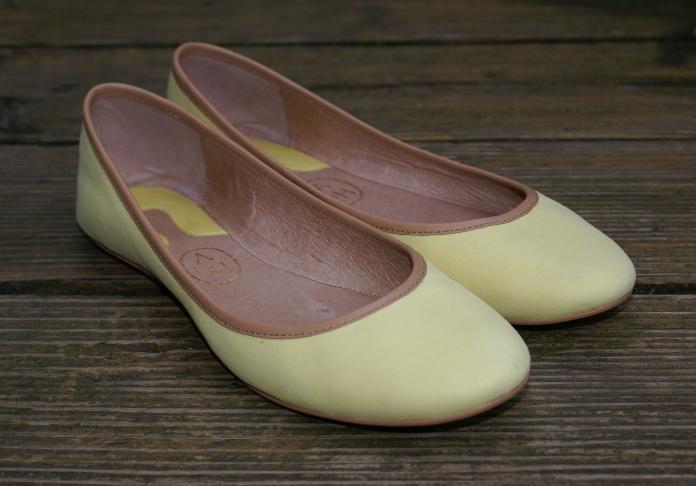 ASH Ballerinas Flats Echtleder gelb rahmengenäht Gr. 38 UK 5 wie NEU