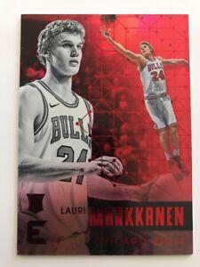 2017-18-Panini-Essentials-Red-Lauri-Markkanen-Chicago-Bulls-RC-Rookie