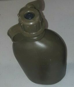 1 USED Issue USGI 1QT Plastic Canteen, OD Green USA Made Military Water Bottle