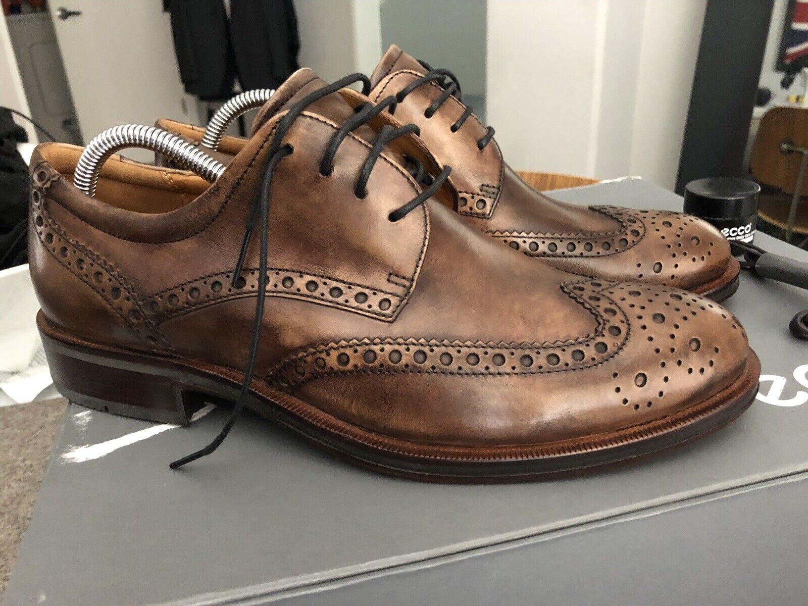 presentando tutte le ultime tendenze della moda LImited edition    NIB Ecco Canberra Wing Tip Teak Leather Sole Retail  350  in vendita
