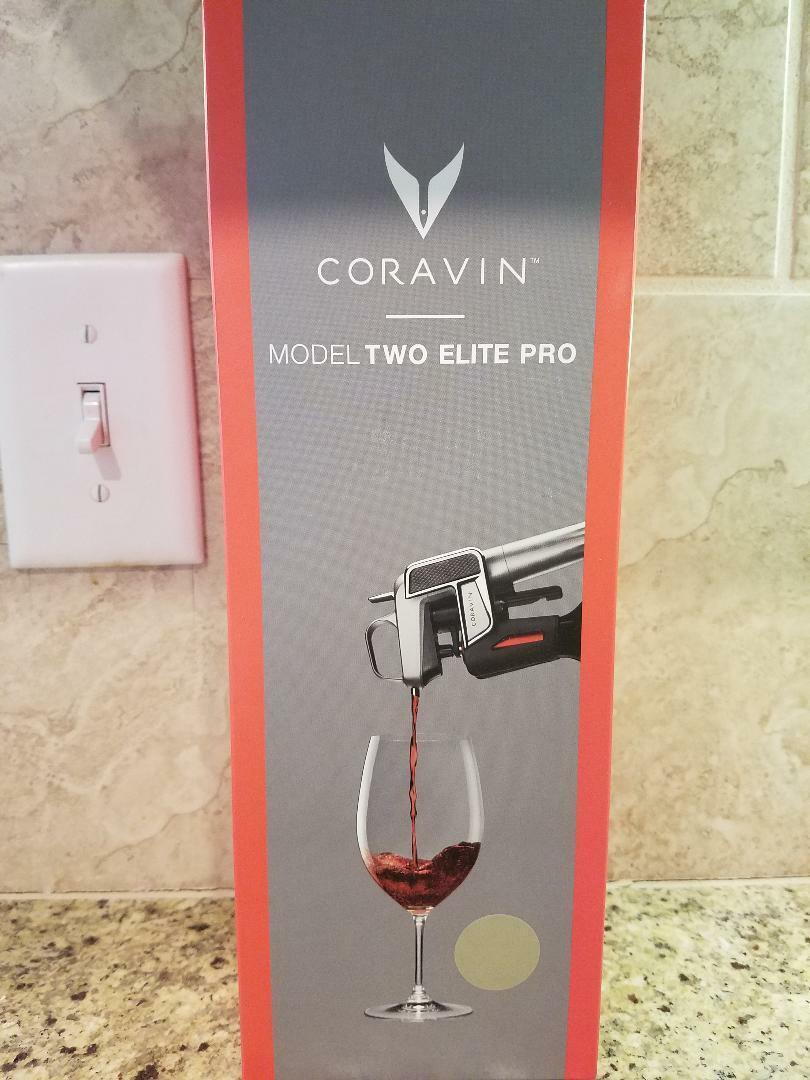 CORAVIN Modèle Two Elite PRO WINE Preservation System  4 capsules  Champagne  NEW IN BOX
