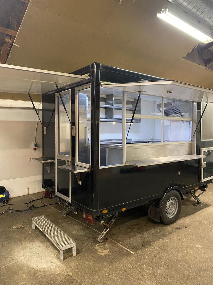 Foodtrailer -madvogn -pølsevogn
