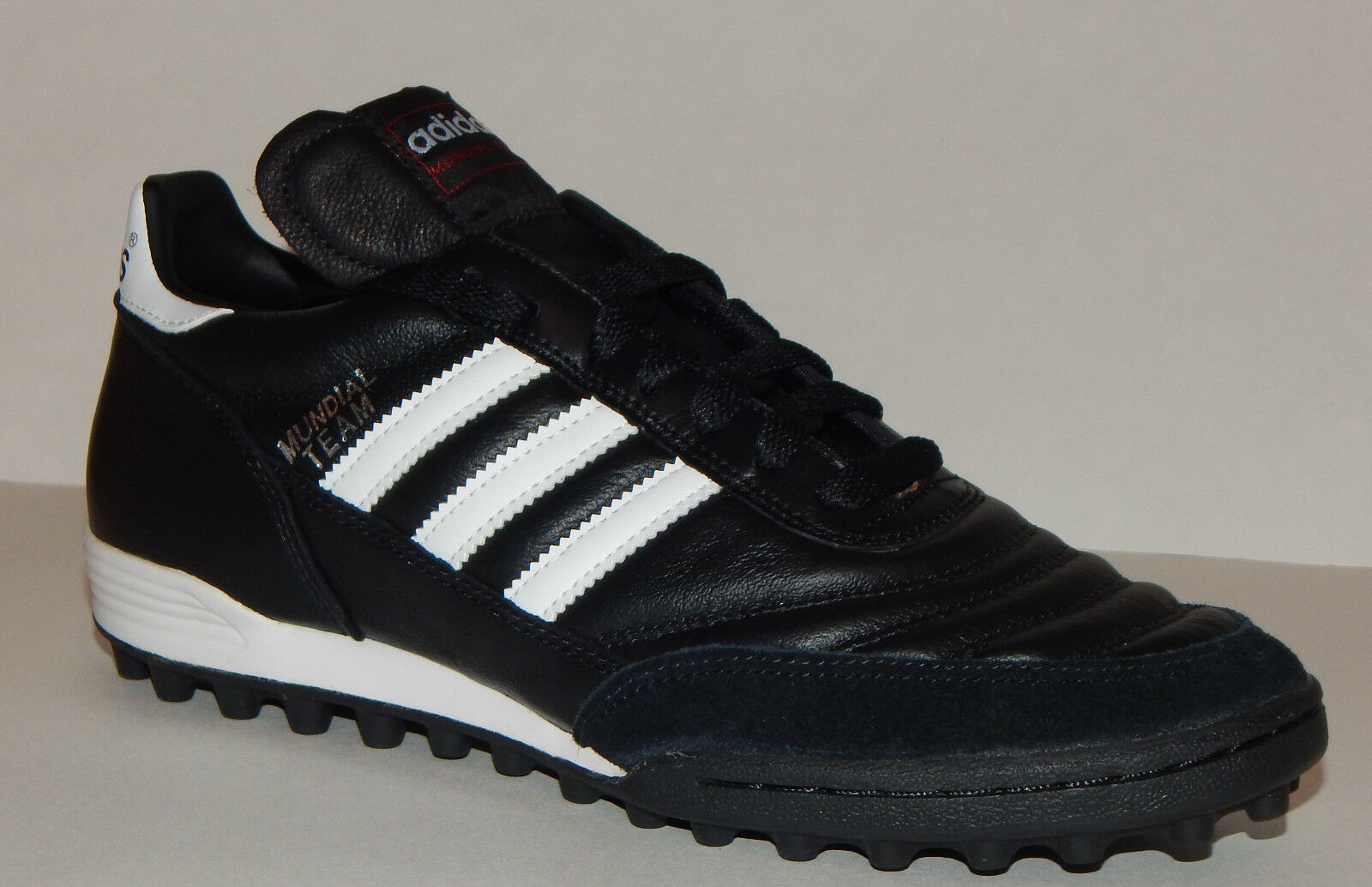 0ba7213f6f7 adidas Mundial Team Turf Soccer Shoes 019228 10.5 for sale online