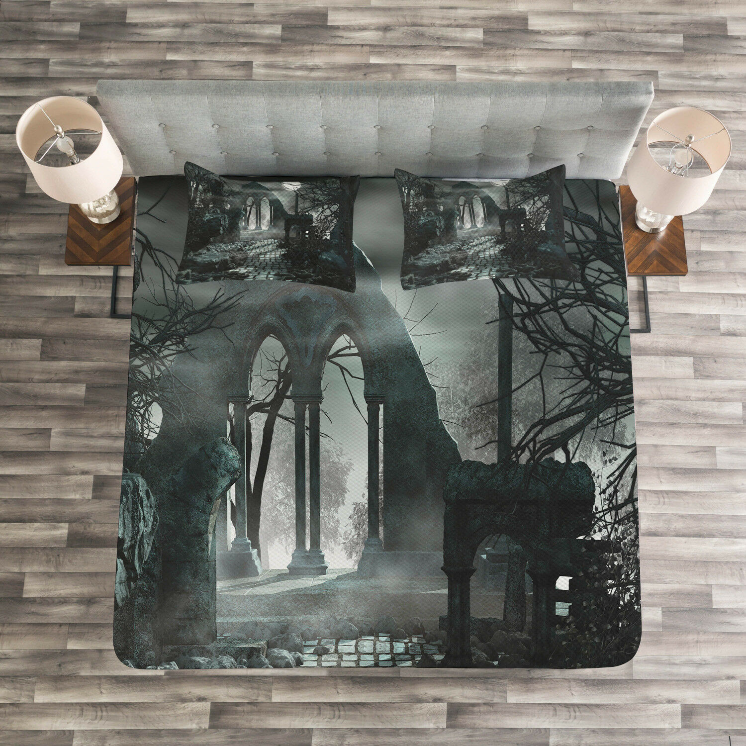 Gothic Quilted Bedspread & Pillow Shams Set, Moon View in Scary Dark Print