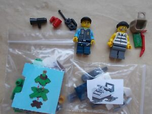 LEGO CITY WINTER SCENE ROBBERY IN THE SNOW SAFE GOLD SNOWMOBILE CROOK ROBBER