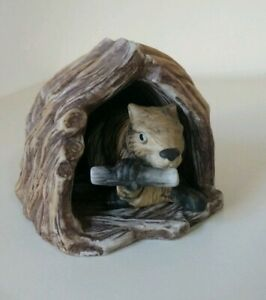 Woodland-Surprises-Beaver-Figurine-Jacqueline-Smith-Franklin-Porcelain-1984