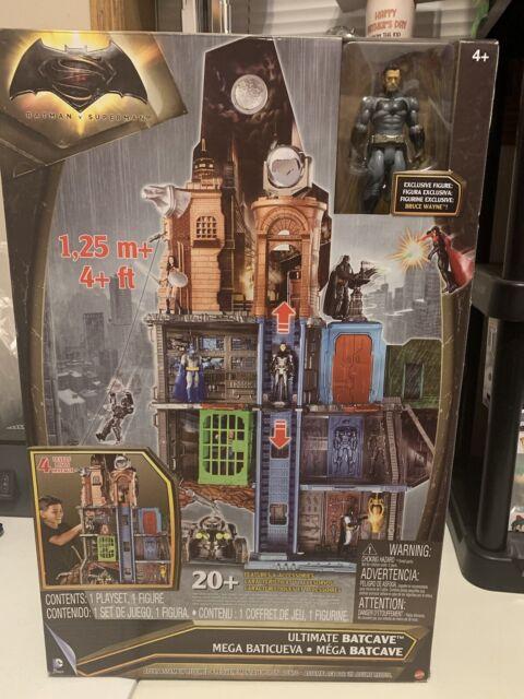 Batman vs Superman Ultimate Batcave 4' Playset w/ Exclusive DCUC 6