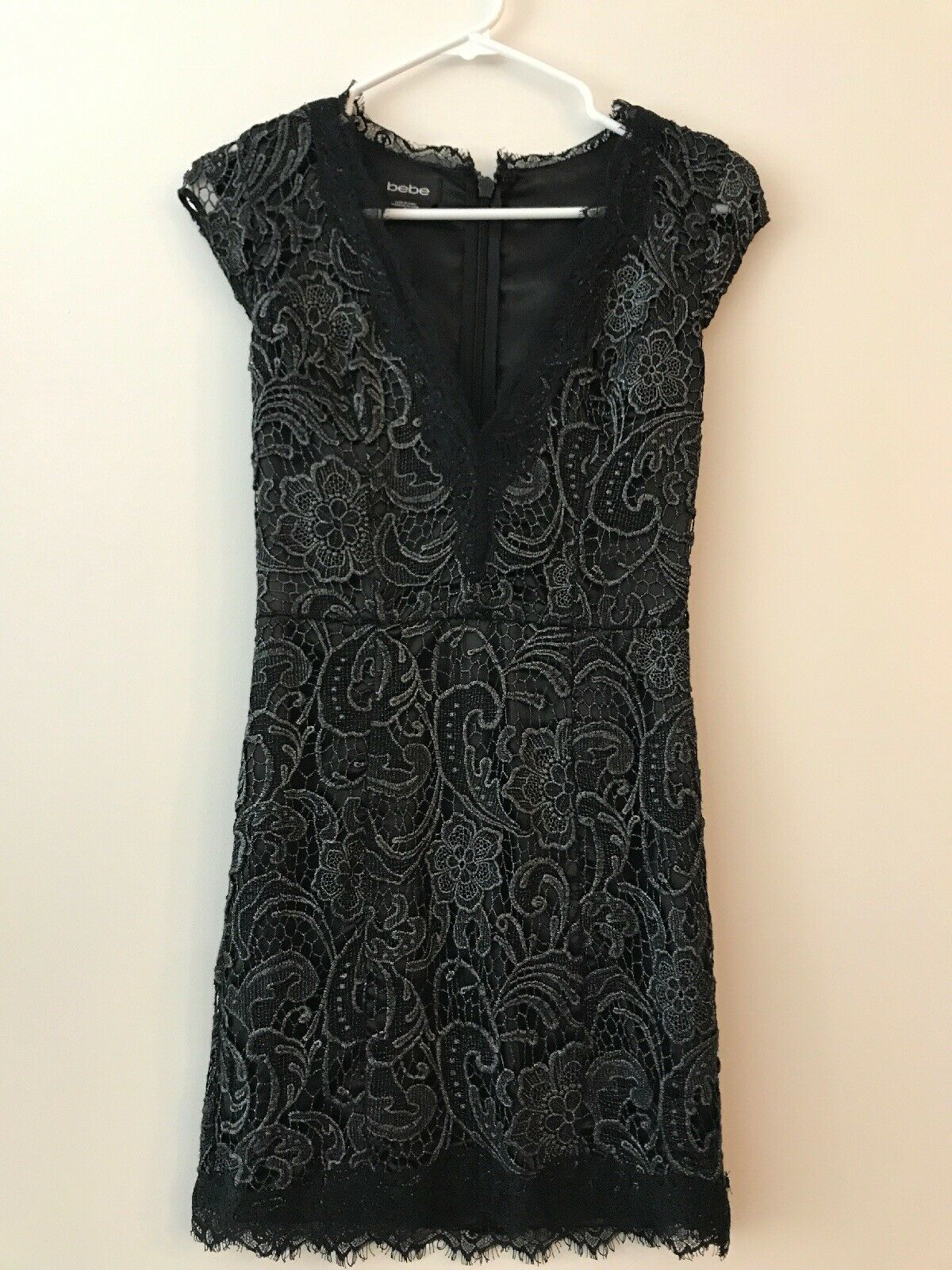 Bebe schwarz Lace Short Cocktail Dress Größe 0