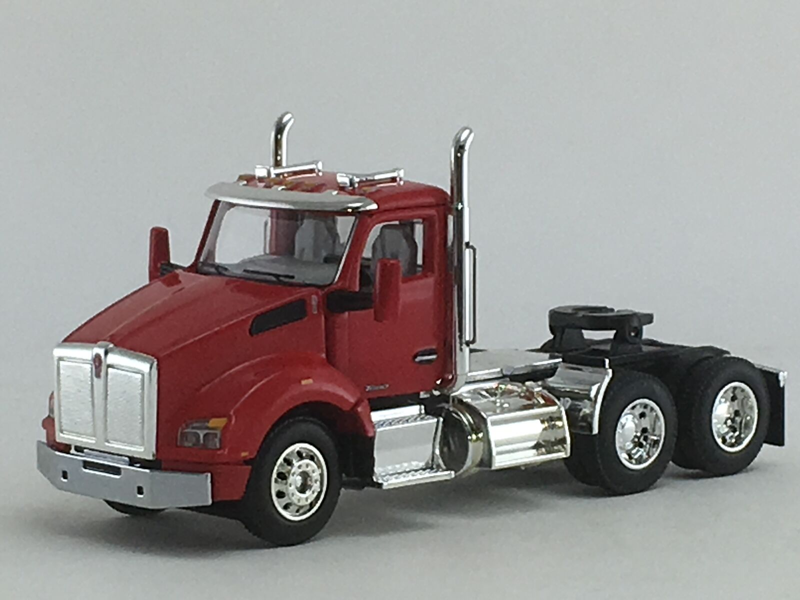 1 64 DCP rosso KENWORTH T880 DAY CAB